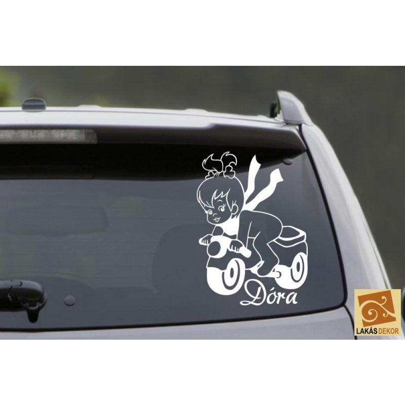 Autómatrica, Baba a kocsiban Motoros kislány