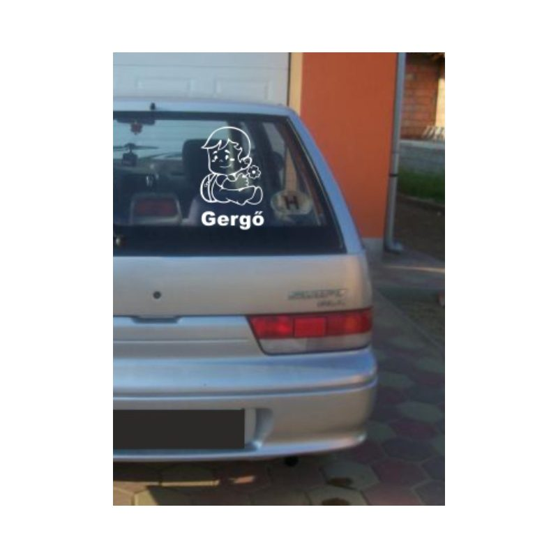 Autómatrica, Baba a kocsiban, Kisfiú virággal