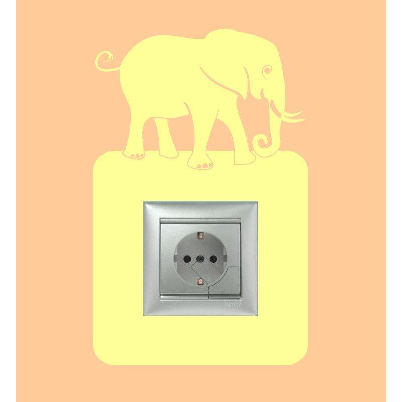 Elefánt (282)