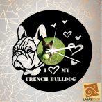 Francia bulldog szívekkel