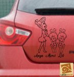 Anya, lányaival Autómatrica, Baba a kocsiban